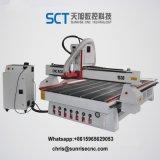 La carpintería de corte CNC fresadora grabado de perforación y enrutamiento