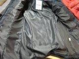 新しい到着の防風の女性は優雅なフードの毛皮が付いているジャケットにパッドを入れた