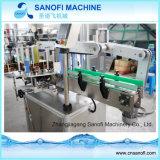 De zelfklevende Machine van de Etikettering van de Fles