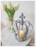 Herrliche weiße/graue Metallkrone für Haus oder Weihnachtsdekoration