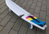 Pattino praticante il surfing della scheda della macchina per colata continua di torsione della via di un pezzo dello sbarco
