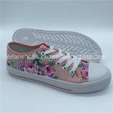 最新の女性の注入のズック靴の余暇の履物の靴(ZL1017-24)