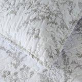 Super doux couette avec polyester de remplissage de la Courtepointe Couette synthétique vers le bas de la Courtepointe alternativa