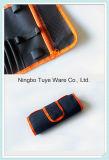 黒い携帯電話のメインテナンスキットの道具袋