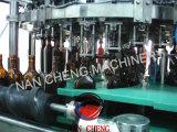 El frasco de cristal 500 ml de jugo de verduras bebidas llenar maquinaria