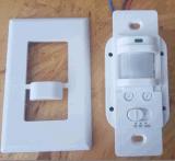 Interruttore quadrato del sensore del supporto di rossoreare della parete di figura di Es-P28b