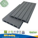 Decking extérieur de composé des matériaux de construction de qualité WPC