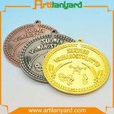 顧客柔らかいエナメルが付いている最新のデザインメダル
