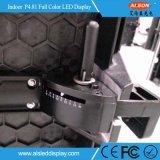 Indicador de diodo emissor de luz Rental curvado interno quente do estágio P4.81