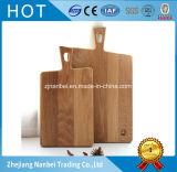 Tarjeta de corte de encargo del pan de la tajadera de madera de roble de la insignia