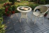 Hölzernes Korn-Plastikblockierenbodenbelag-Fliese für Garten