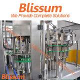 Soda líquido del agua de llenado de la máquina y la línea de producción