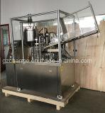 柔らかい管のための十分に自動詰物およびシーリング機械
