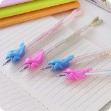 Nuevo diseño de lápiz de silicona apretones para los niños escribiendo corrección post