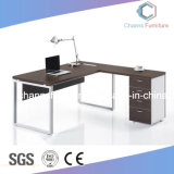 Escritorio de oficina de madera del vector del ordenador moderno de los muebles