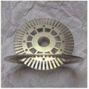 1500W CNCの金属のファイバーレーザーの彫版3015b