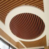 Hôtel moderne décoration WPC plafond en bois composite en plastique Panneau mural