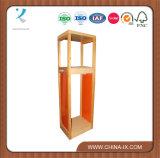 Torre de madeira do indicador para a loja da roupa