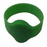 Wristband promozionale Debossed Debossed del silicone del regalo di vendita calda con il Infill