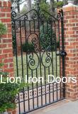 庭のための芸術そしてクラフトの錬鉄のゲート
