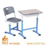 Mesa e cadeira da sala de aula da faculdade ajustável e da High School