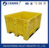 Grande caixa de pálete plástica contínua Closed impermeável com rodas da tampa
