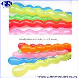 熱い販売マルチカラー螺線形の気球中国は乳液の卸売を風船のようにふくらませる
