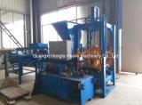 Blockierenziegelstein-Maschine, Straßenbetoniermaschine-Block-Maschine, hohler Block, der Maschine herstellt