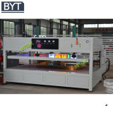 Vide professionnel formant la machine pour annoncer le Signage Bx-2700