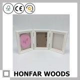 Frame de madeira da foto do bebê do frame branco Mobilizable da colagem 3 com argila