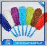 El polvo de coche Mirofiber cepillo con un color diferente