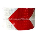 Лента красной и белой ширины стрелки 10cm отражательная для безопасности движения