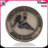ダイカストの金属メダルホールダーが付いている柔らかいエナメルの骨董品のニッケル硬貨を