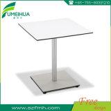 高品質の無光沢の薄い灰色の積層の食堂テーブル
