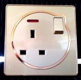 Prise électrique standard britannique avec interrupteur pour détonation Pôle plat
