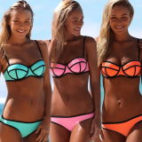 Kundenspezifischer Lycra/Polyester-Bikini mit niedrigem MOQ