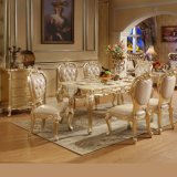 Mobiliário de sala de jantar com mesa de madeira e cadeiras de sofá de couro