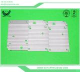 Les pièces d'inclinaison d'usinage CNC personnalisés et de différents types de pièces de rechange d'inclinaison