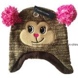 O produto da fábrica personalizou chapéus do Beanie de Jersey Earflap do Knit dos miúdos do Applique dos desenhos animados
