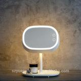 装飾的なミラーが付いている豪華な現代再充電可能なLEDの卓上スタンドの接触スイッチ