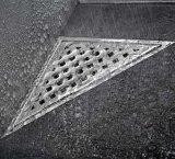Nuovo scolo di pavimento dell'acciaio inossidabile del triangolo di arrivo con la griglia smontabile