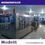 Máquina de rellenar líquida automática llena