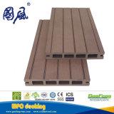 Decking di legno di nuovo disegno di 25*150mm e di plastica impermeabile di WPC