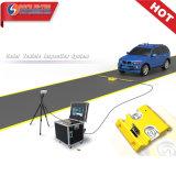 Rand, Polizei unter Fahrzeug-Chassis Kamera-System SA3000 (SICHERE HI-TEC) überprüfend