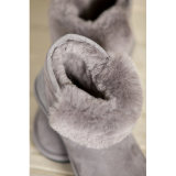 Gaines courtes de neige de fourrure de basane de type de mode pour des femmes