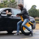 Auto 2017 che equilibra un motorino elettrico di Monocycle della rotella