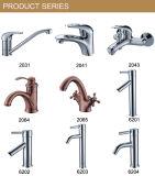 Wall Hook Hardware Acessórios de banheiro Torneira de banheira de chuveiro (YZL-15125)