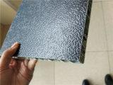 Черный цвет ячеистых алюминиевых панелей ограждения