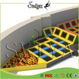Custom divers Indoor Jump Terrain de jeux intérieur Trampolines avec Dodgeball