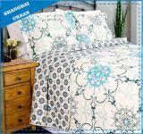 De uitstekende Witte Bloemen Afgedrukte Reeks van het Dekbed van de Polyester